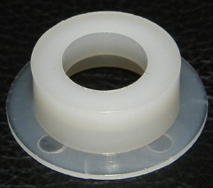 API C992  FLANGE BUSHING STEPPED